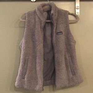 Purple fuzzy Patagonia vest💜